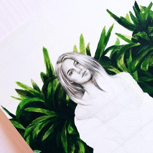 Work in progress😏. ____ #art #artfido #drawing #hair #shinyhair #nature #wood #paintonwood #paint #plants #realism #graphit #artfeature #arianagrande #justinbieber #selenagomez #1d #3d #funny  #arts_gallery #arts_help #worldofartists #pencildrawing #pencil #carandache #wacom