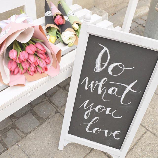 🌷🌷💋💋  #Celebrate #WomensDay #Difiori #love #inspiration #DifioriVirágszalon #MonddElVirággal