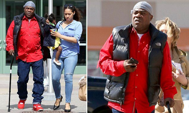 Tracy Morgan showing signs of improvement, walking with a cane