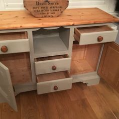 Used Solid Pine Sideboard Dresser Unit in BR1 Bromley for £ 125.00 – Shpock