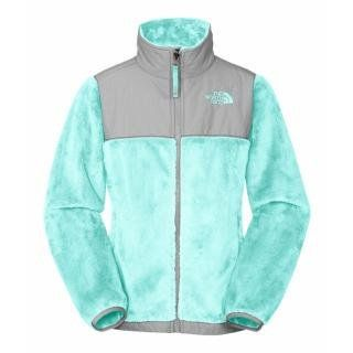 i need a new northface that isn't black so i dont have to get the fuzzys off every time i want to wear it!