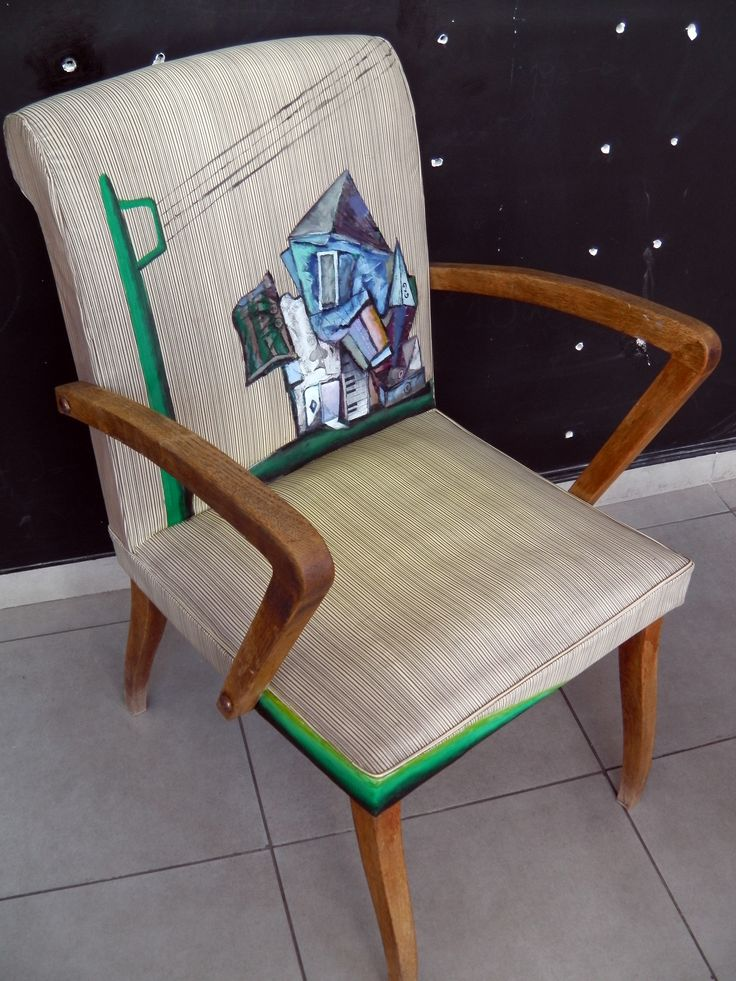acrylic and textile in armchair