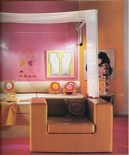 pink orange room; Warhol painting | Funky Retro Interiors ...