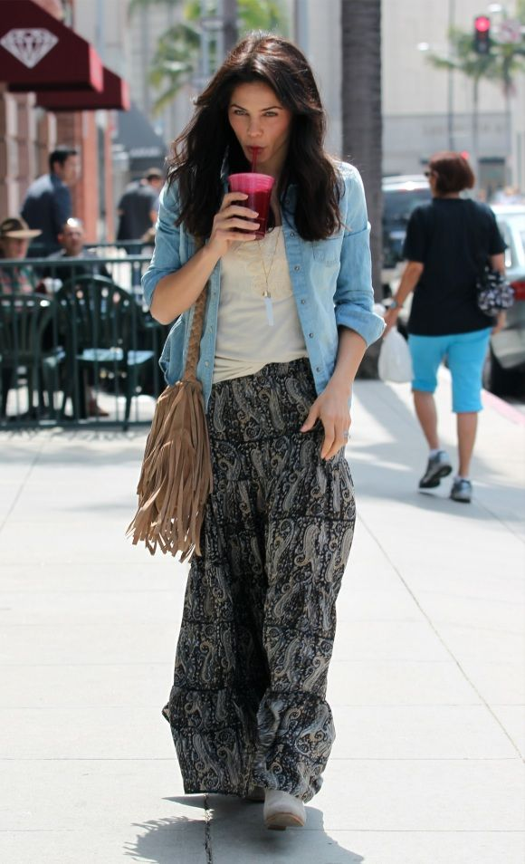 Love the long Maxi skirt, with a tank and a jean shirt over... very cute style!