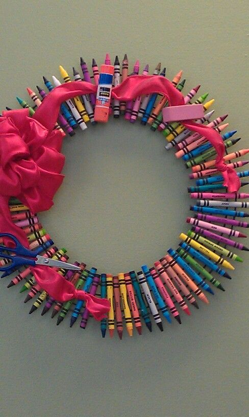 "Darling ""Back to School Wreath"" or Teacher gift!!! Bebe'!!! Really cute school wreath!!!"