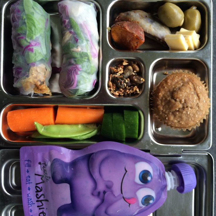 Todays lunch is a banana muffin (banana bread recipe from my ebook), fresh spring rolls (with last nights roast chook, spinach, red cabbage), left over roast veg, raw veg, toasted seeds and fruit whip in Reusable Squeezie Pouches by Little Mashies
