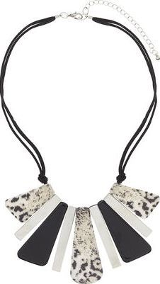 Dorothy Perkins Womens Animal Print Collar- Black DP49816218 Billie  Blossom animal print piano necklace L. 26CM with an 7CM extension chain http://www.comparestoreprices.co.uk/january-2017-9/dorothy-perkins-womens-animal-print-collar-black-dp49816218.asp