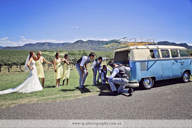 Break Down! Hunter Valley NSW www.weddingphotographerhuntervalley.com.au #huntervalleyweddingphotographer