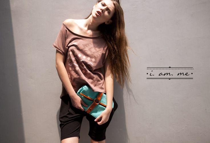 I Am Me, clothing line asal Bandung yang merupakan representasi ladies apparel dari brand Inksomnia. I Am Me menawarkan berbagai produk wanita muda dengan gaya kasual yang tetap stylish.