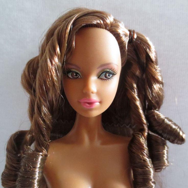 Mattel The Barbie Look City Shopper AA Model Muse Basics