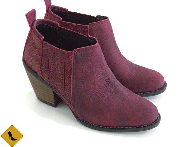 Botas de cuero color vino Botas Bordó  Boots Wine