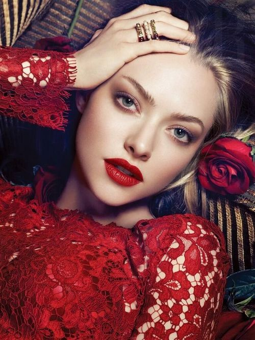 Whoa, is this Amanda Seyfried in a lipstick ad?