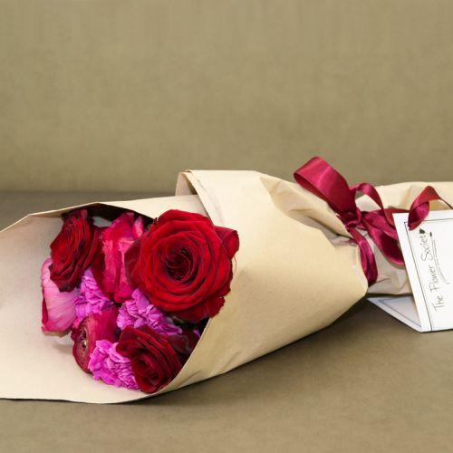 buchet-de-trandafiri-si-garoafe