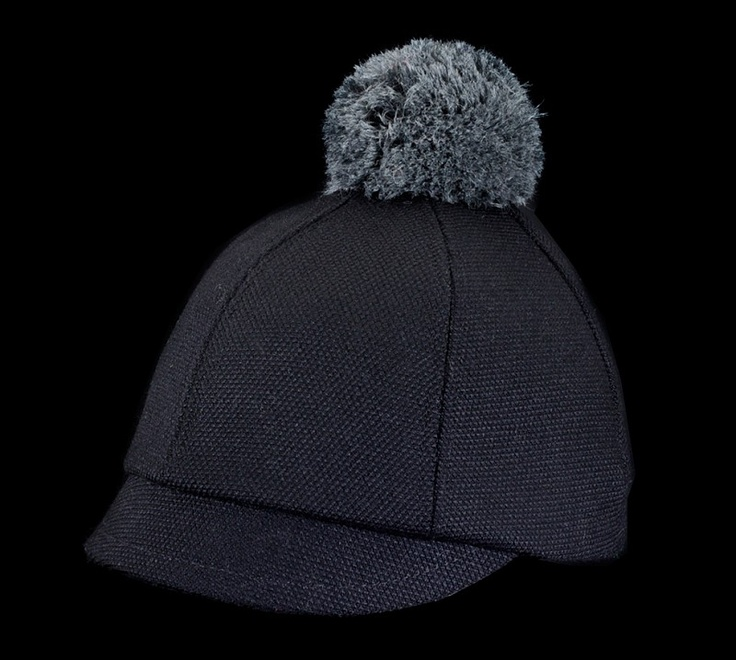Description : Limited edition, comes with a detachable bobbleDesign : Unisex modelShell fabric is recycled wool and lining fabric is viscoseColor : BlackMade in EUDelivery : Free worldwide shipping through Finnish postal services
