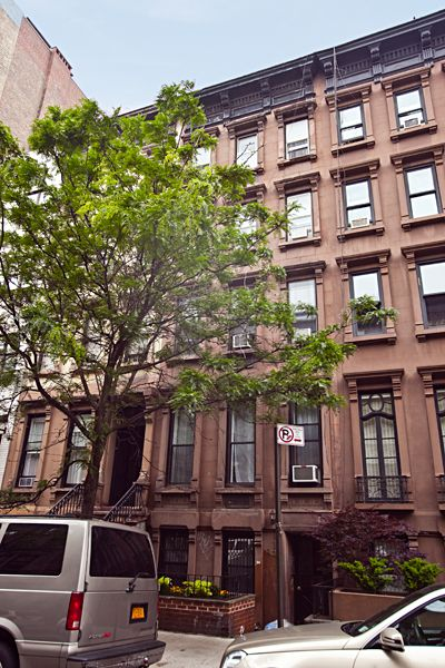 17 best images about new york brownstones on pinterest for Townhouses for sale in manhattan ny