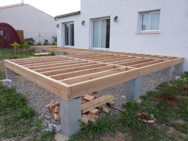 Terrasse robinier sur poutres douglas – 45 messa…
