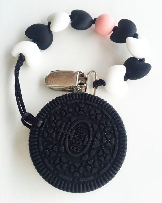Grand pendentif silicone cookie anneau de dentition pour bébés de la dentition. Accessoires de dentition mixte fille et garçon.