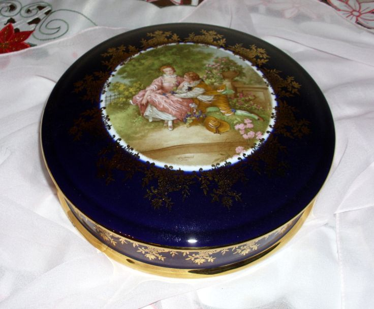 """EXTRA LARGE LIMOGES Cobalt Blue Powder Box 8"""" Fragonard's Courting Couple in Full Color! This Box is in Pristine Condition by GraysideCottage on Etsy"""