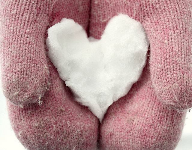 mittens: Winter Snow, Winter Wonderland, Winter Heart, Kindle Fire, Snow Heart, Engagement Ring, Happy Heart, Photos Session