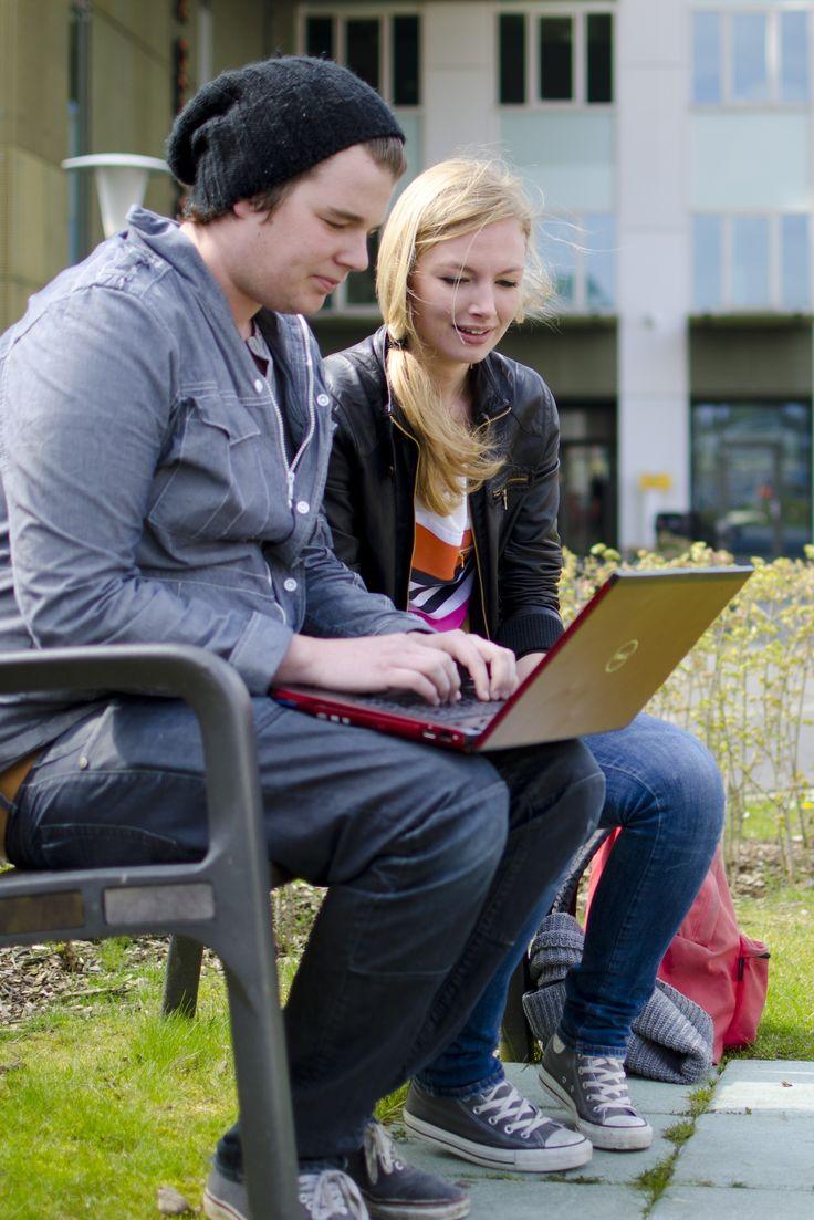 International Communication studieren an der Hanze University of Applied Sciences in Groningen  #business #management #groningen #university #international #communication #study #kommunikation #studieren #studium #holland #hanze #university #bachelor #boy #girl #master  http://bit.ly/IHlpJg http://stduieren-in-holland.de http://study-in-holland.com