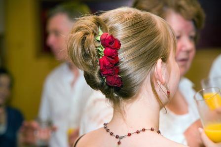 Google Image Result for http://www.nzflower.co.nz/images/wedding_bouquet_roses_feb07_red_hair_flowers.jpg