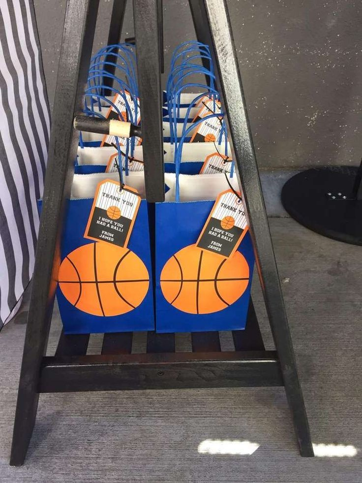 Basketball Birthday Party Ideas | Photo 1 of 8