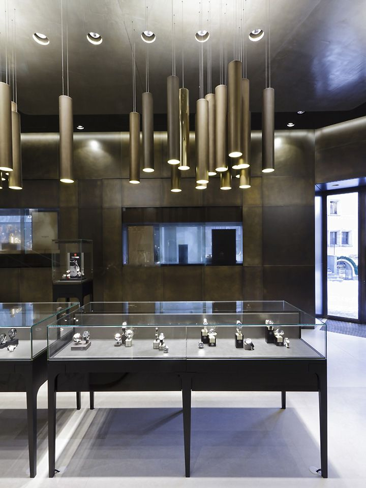 Bucherer store by Blocher Blocher Partners - St.Moritz, Switzerland. The lighting.