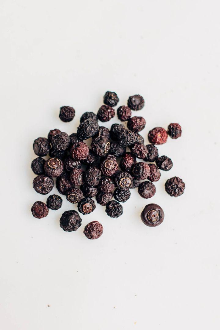 Blueberry larabar recipe