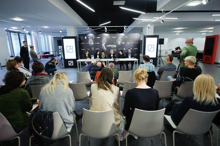 JUNKO KOSHINO, Press conference, Centrum Promocji Mody fot. Łukasz Szeląg #JunkoKoshino #centrumpromocjimody #lodz #fashionweekpoland #fashionphilosophy #pressconference #fashion #fashiondesigner