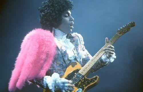 Musica: La #classifica dei #100 chitarristi migliori di sempre (40-20) (link: http://ift.tt/2mmApUT )