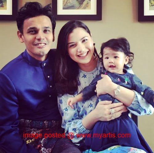 LISA SAH HAMIL - YAHAIRA LEANE BAKAL DAPAT ADIK   Pejam celik... Yahaira Leane dah besar dah rupanya dan bakal jadi kakak tidak lama lagi apabila ibunya Lisa Surihani kini sedang hamil. Berita kehamilan kedua Lisa ini dikongsikan oleh Yusry Abdul Halim (Yusry KRU) 42 di laman Instagram.<< BERITA & GAMBAR SELANJUTNYA - SILA KLIK >> via My Artis Gosip