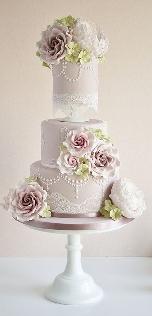 Dusky pink wedding cake by Cotton and Crumbs, via Flickr