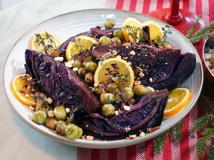 Ugnsbakad rödkål med balsamico, nejlikor och apelsin   Recept från Köket.se