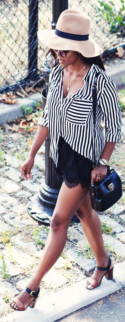 Stripped Blouse Black Lace Shorts Outfit
