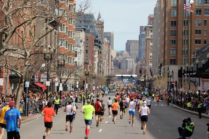 2017 Boston Marathon Registration Dates Announced  http://www.runnersworld.com/races/2017-boston-marathon-registration-dates-announced?cid=soc_runnersworld_TWITTER_Runner%25E2%2580%2599s%2520World__News
