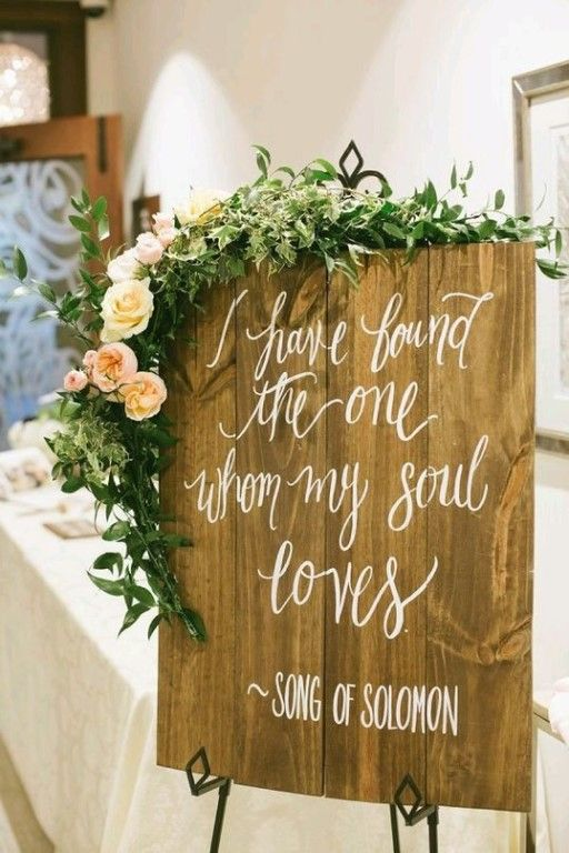 Стильные деревянные таблички в декоре свадьбы    #wedding #bride #flowers