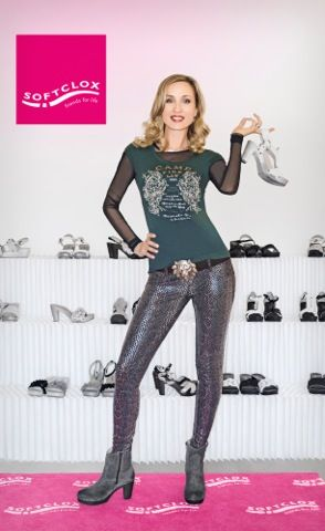 Isabella Hübner loves SOFTCLOX! | Stars in SOFTCLOX | Pinterest ... Bond