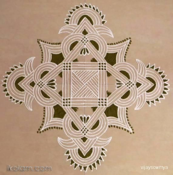 http://www.ikolam.com/files/imagecache/rangoli-big/upload/8468/kolam511.jpg