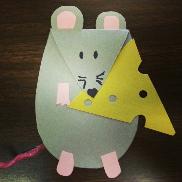"Kick starting our Halloween theme month for storytime here @ Alamitos library, look @ our mouse  cheese craft for this week's theme: ""things @ nite"""