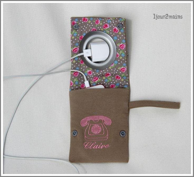 les 25 meilleures id es concernant porte chargeur de t l phone sur pinterest porte cartouche. Black Bedroom Furniture Sets. Home Design Ideas