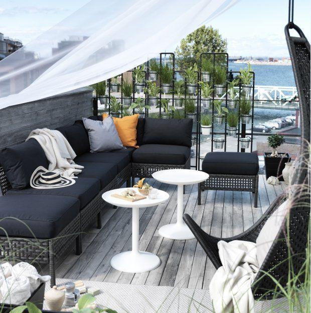 Sofa Kungsholmen/Kungso, dostępna w różnych wariantach (łącząc różne elementy siedziska można stworzyć sofę i siedziska w rozmiarze pasujący...