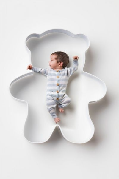 Supersweet babysuit in fine knitted 100% certified italian merinowool. Made in Europa, designed in Norway