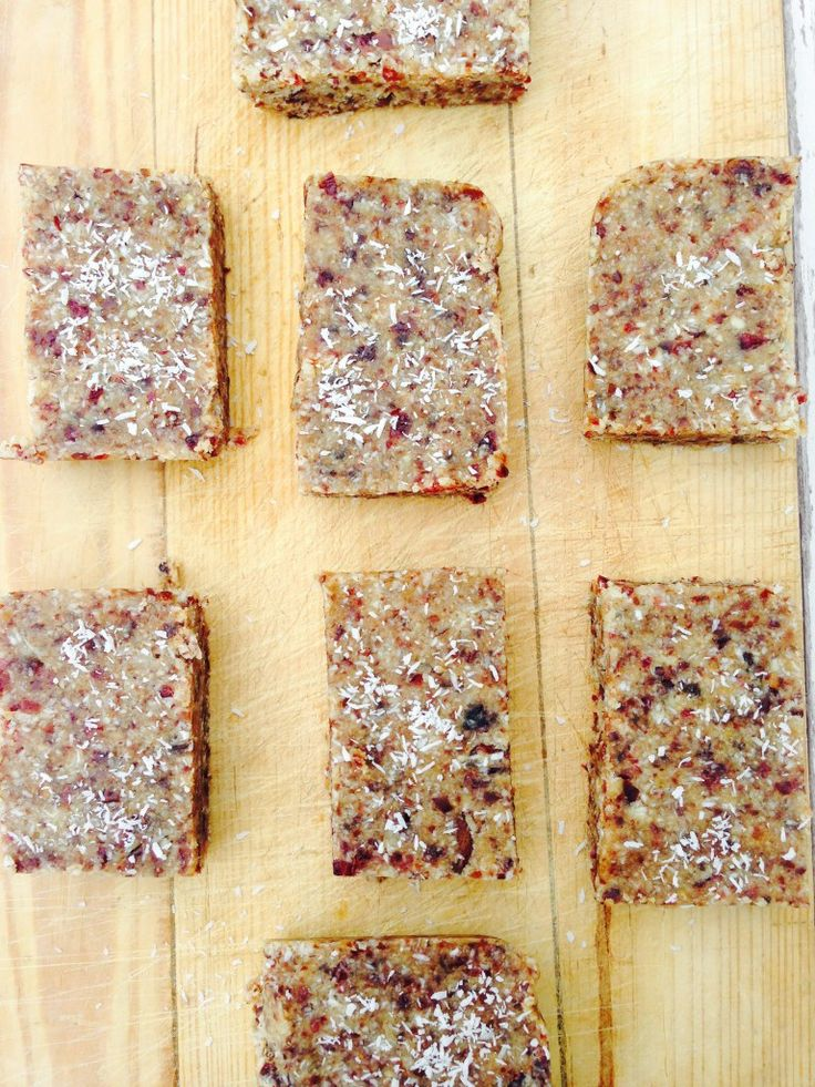 simple and clean granola bars 2