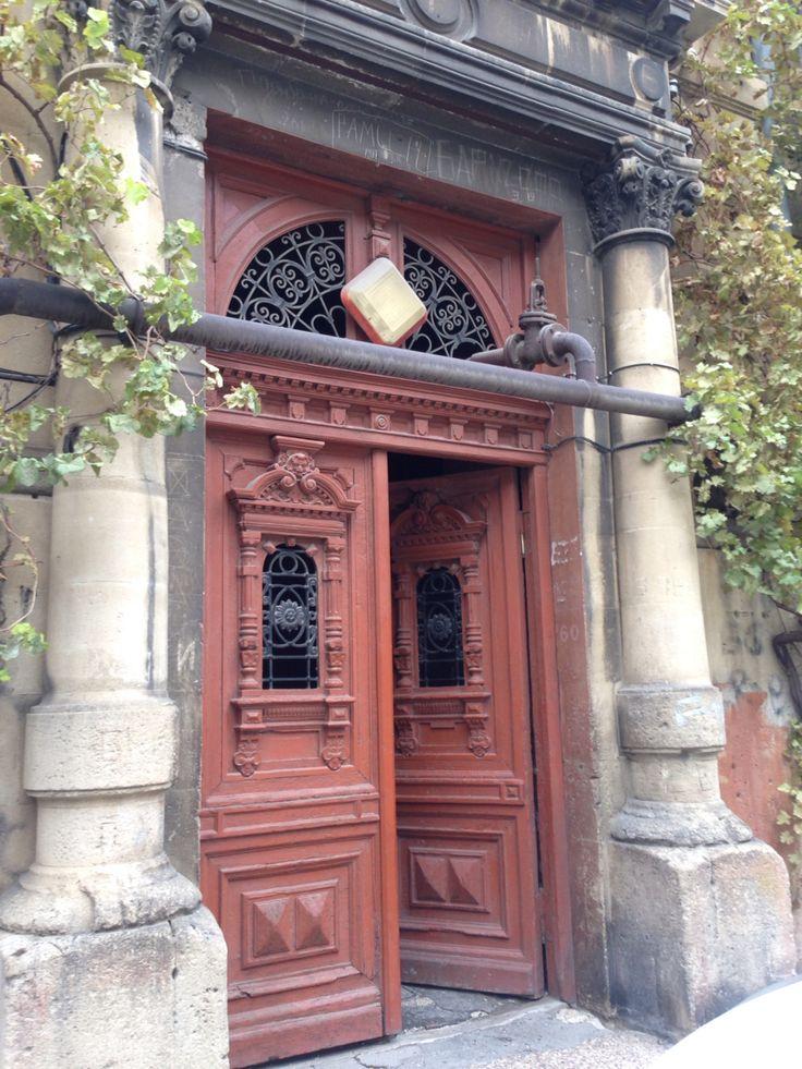 Old Baku door's