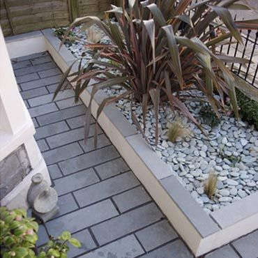 Charming Small Front Garden Designs