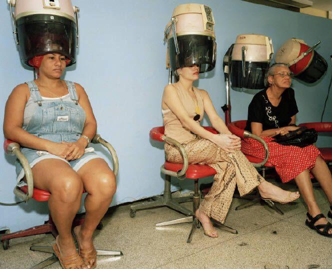 Martin Parr - Cuba (Beauty Parlor), 2001 - **interview**