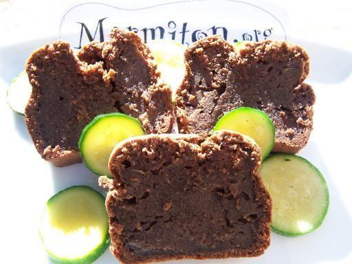 Gâteau courgettes-chocolat... C'est la saison et c'est trop bon !!!!