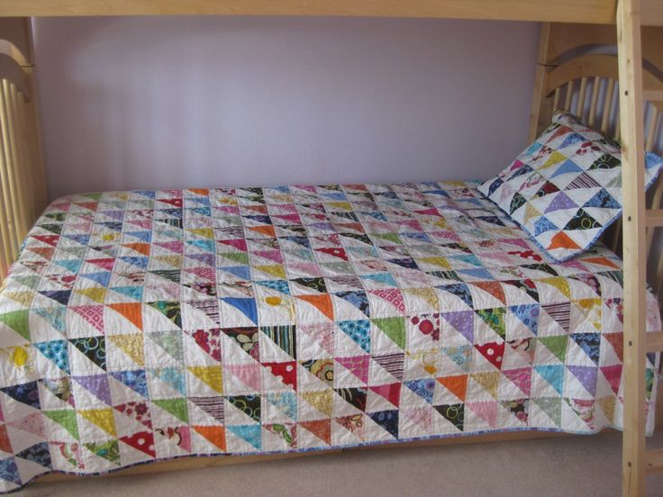 215 best Half-square triangle quilts images on Pinterest ... : half square triangle quilt - Adamdwight.com