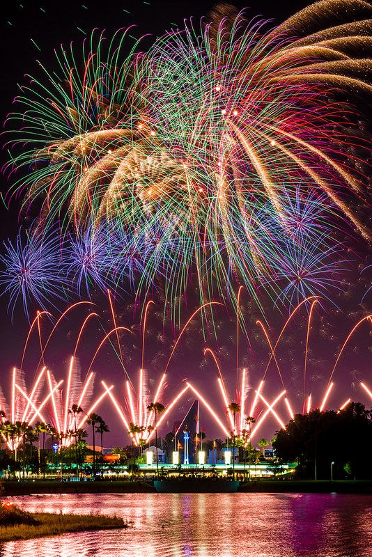 The best fireworks and nighttime show viewing spots at Disney World