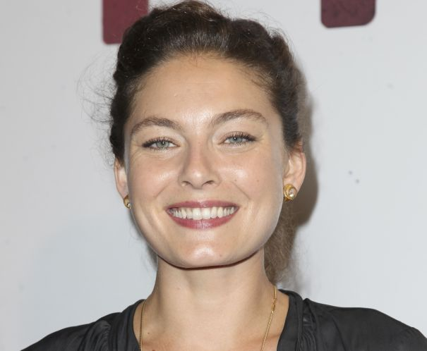 Alexa Davalos (Clash Of The Titans, Mob City) has landed the lead role in Amazon pilot The Man In The High Castle, from X-Files alum Frank Spotnitz and Scott Free, with David Semel set to direct. B...